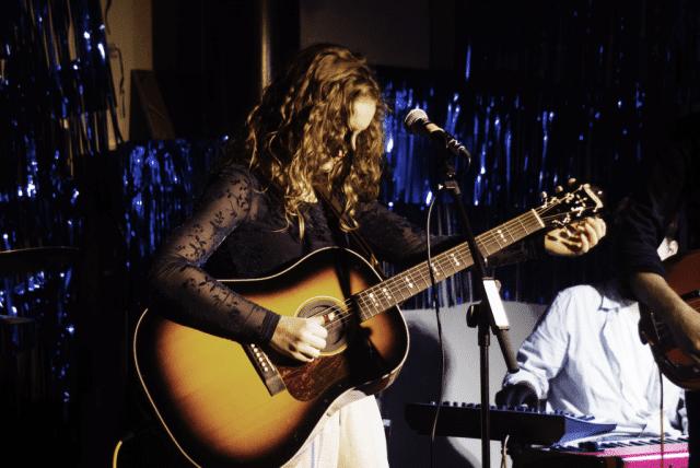 Grundtvigs Højskoles elever arrangerer hvert halve år deres egen festival med koncerter