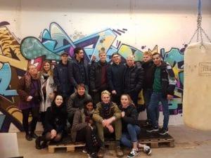 Elever fra faget Gør en forskel får besøg i Street Lab af Uffe Elbæk