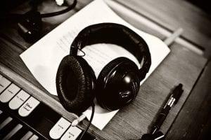 Tue West har undervist på Grundtvigs Højskole i 10 år i Musik og Sangskrivning